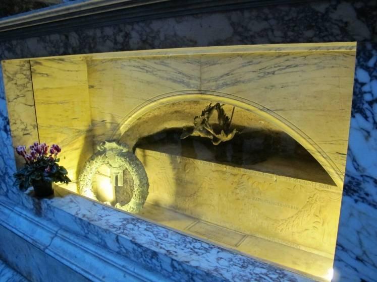 Túmulo Rafael Sanzio - Panteão, Roma